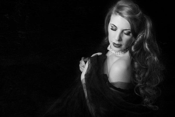 portrait de femme boudoir - Photographe boudoir et glamour à Paris et Île de France
