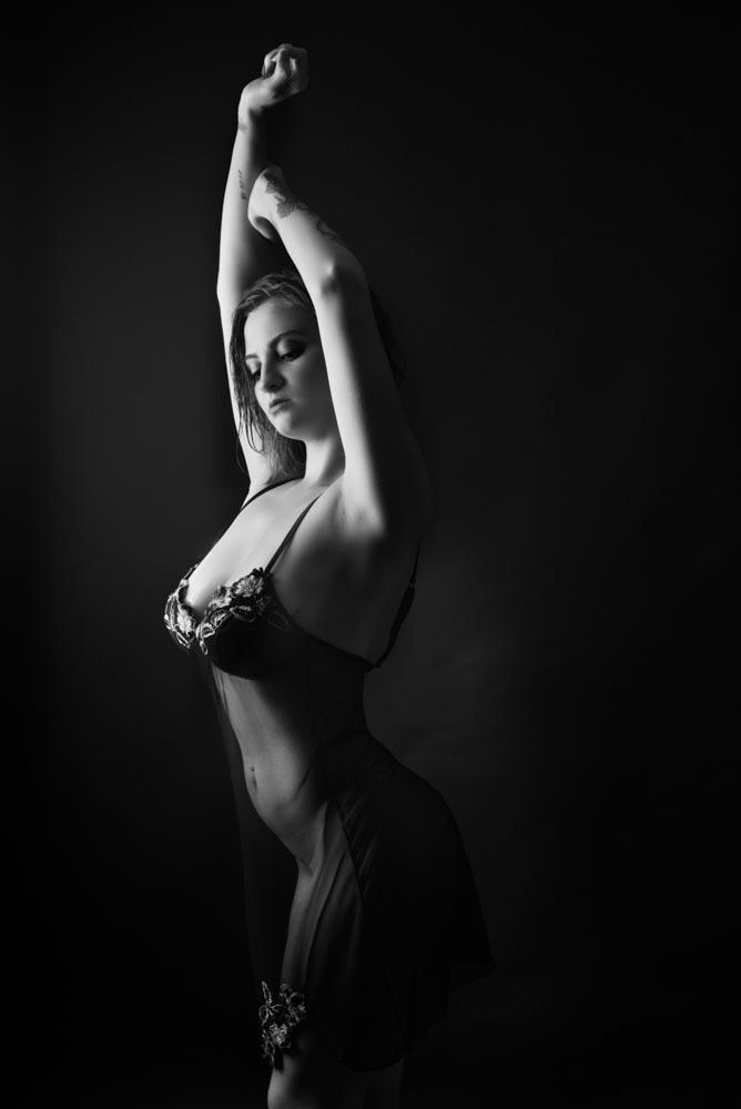 portrait femme sexy noir et blanc