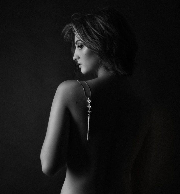 shooting nu artistique femme en studio